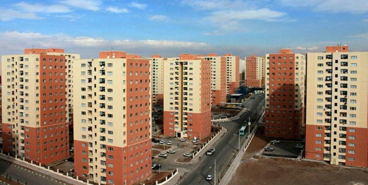 وزیر راه و شهرسازی: نهضت مسکن را در کشور آغاز میکنیم