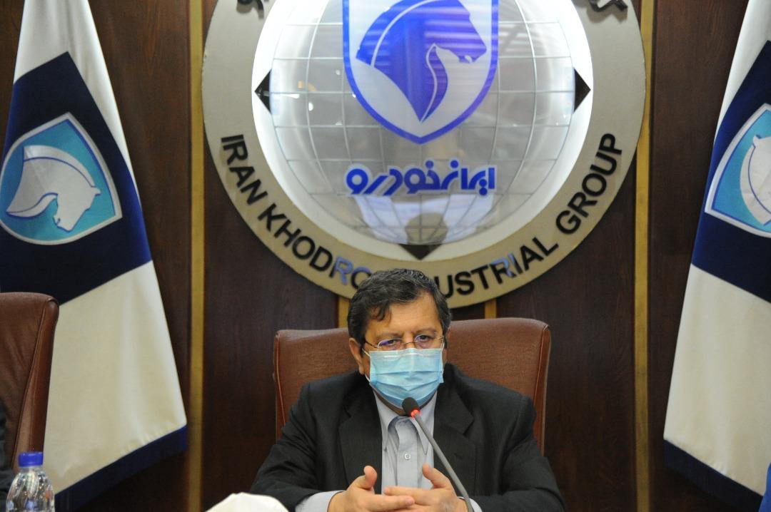 رئیس کل بانک مرکزی: اقدامات ایرانخودرو مایه افتخار و مباهات کشور است