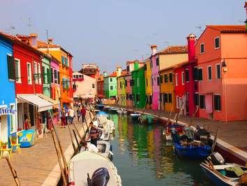 بورانو دهکده رنگارنگ زیبا در ایتالیا+تصاویر