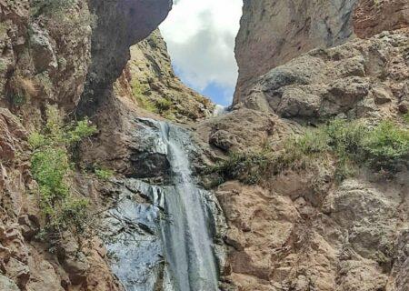 آبشار زیبای کفترلو در تهران+تصاویر